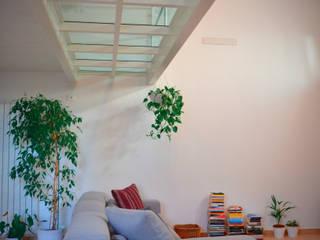 Dinding oleh Alessandro Jurcovich Architetto, Modern
