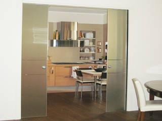 Dapur Modern Oleh studio di architettura cinzia besana Modern