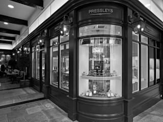 Pressleys - Chichester de Engaging Interiors Limited Moderno