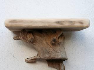 Driftwood Shelves: rustic  by Julia's Driftwood, Rustic