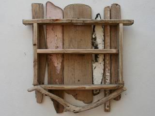 Driftwood shelves:  Bathroom by Julia's Driftwood