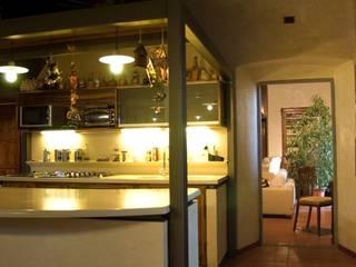 la cucina: Cucina in stile  di GALLUZZI ASSOCIATI