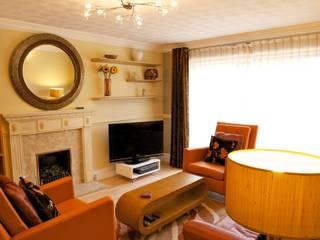 Basildon Mews House Modern living room by Chameleon Designs Interiors Modern