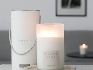 Culti Candles: classic Living room by Rooi