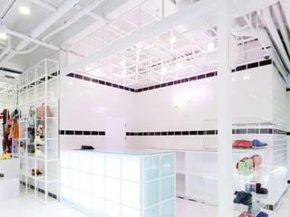 Espacios comerciales de estilo minimalista de Design m4 Minimalista