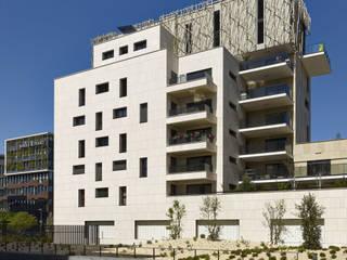Le Denuzière Maisons modernes par AFAA architecture Moderne