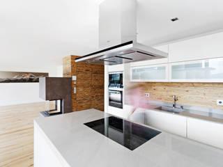 Haus Salvenblick Küche:   von Planquadrat   Elfers Geskes Krämer