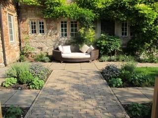 Country Garden, Chew Manga Jardines rurales de Katherine Roper Landscape & Garden Design Rural