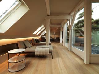 Penthouse Zürich 250m2: moderne Wohnzimmer von Iria Degen Interiors