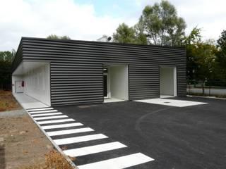 SALE / PROPRE rdb architectes Espaces de bureaux industriels