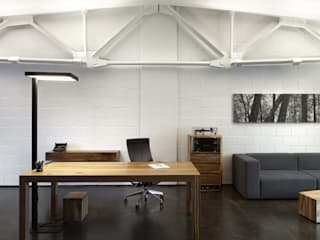 Industrial style office buildings by RYNTOVT DESIGN Industrial
