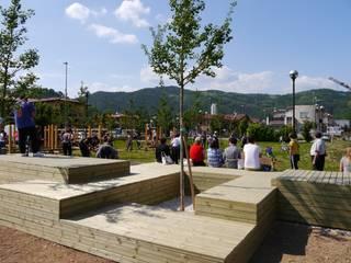 Parco La Larga (sa.und.sa Architetti + DEVspace) Lieux d'événements modernes par DEVspace Moderne