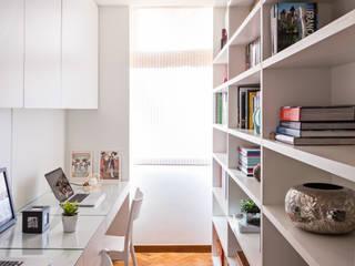 Рабочие кабинеты в . Автор – BEP Arquitetos Associados