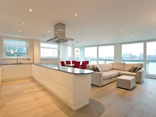 Cinnabar Wharf, Wapping High Street, London, E1 Salones de estilo moderno de Temza design and build Moderno