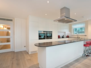 Cinnabar Wharf, Wapping High Street, London, E1 Cocinas de estilo moderno de Temza design and build Moderno