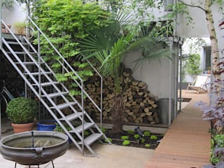 Industrial style garden by GARDEN TROTTER Industrial