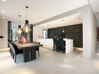 Cocinas de estilo moderno de studio KAP+BERK Moderno