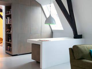 Oficinas de estilo minimalista de studio KAP+BERK Minimalista