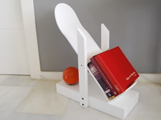 Skateboard book shelf, Skate Decor for living room or any other room. skate-home HogarAccesorios y decoración