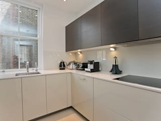 Great Portland Street, Marylebone, London, W1 by Temza design and build Сучасний