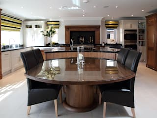 Walnut hand made kitchen in Hertfordshire Modern Kitchen by John Ladbury and Company Modern