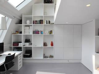 MER79 par phdvarvhitecture Moderne