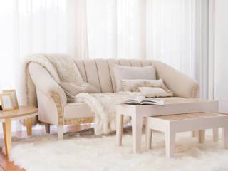 Sala de Estar Camilla por Green Apple Home Style Eclético