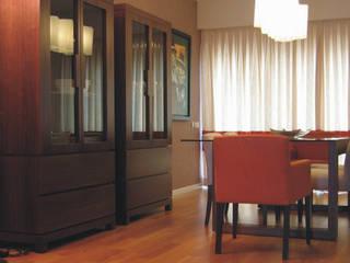 Apartamento c/ 2 quartos - Parque das Nações, Lisboa Salas de jantar modernas por Traço Magenta - Design de Interiores Moderno