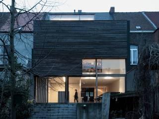 maison T&A, Gent Maisons minimalistes par bruno vanbesien architects Minimaliste