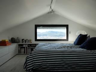 Bedroom by Tout Va Bien - Stéphane Herpin architecte