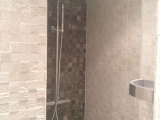 Salle de bain: Salle de bains de style  par Nolan