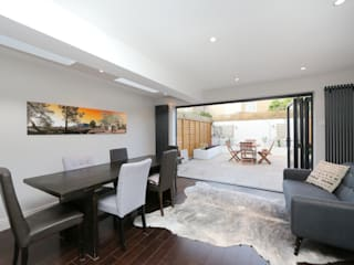 kitchen side return extension balham with flat roof and sky lights: modern Kitchen by nuspace