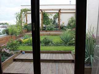 GREENERIA Balcones y terrazas de estilo moderno