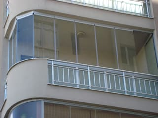 Maisons modernes par OPAL PENCERE ,KATLANIR CAM VE GÖLGELEME SİSTEMLERİ Moderne