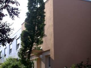 Nord- / Westfassade  Nach der Sanierung:   von Architektur + Innenarchitektur ASW