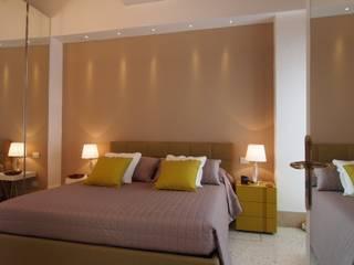 appartamento nel sestiere di Cannaregio, Venezia Camera da letto moderna di a! atelier Moderno