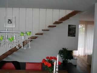 böser architektur Modern corridor, hallway & stairs