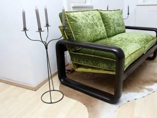 filigran und standfest. Dieser Zweisitzer geht so: :   von   An Sichten | Möbeldesign mit Ressourcen