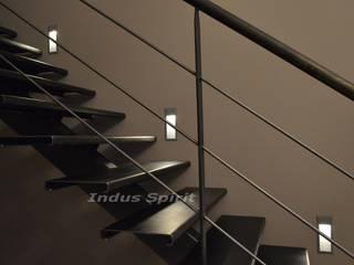Réalisation d'un escalier design industriel sur mesure Salon industriel par Indus Spirit Industriel