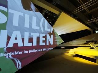10 Jahre Jüdisches Museum Berlin, Blumenmarkthalle, Berlin 2011:   von Banozic Architecture | Scenography