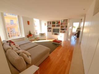 11. Lounge interna: Soggiorno in stile in stile Moderno di Studio Fori