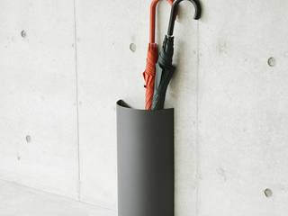 MUKOU umbrella stand: PINTOが手掛けた現代のです。,モダン