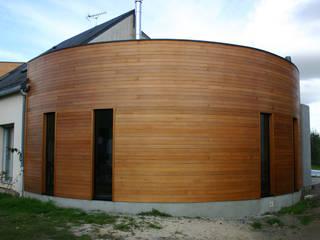 DE BOIS ET DE BETON... a2 ARCHITECTURE Maison individuelle