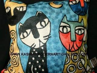 Rosina cat design silk cushioncovers: modern  by kashmir modernart gallery,Modern