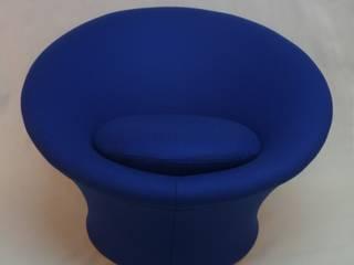 Mushroom Bleu: Salon de style  par Fabrice Mullet
