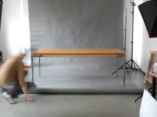 Just Table od hanczar studio Minimalistyczny