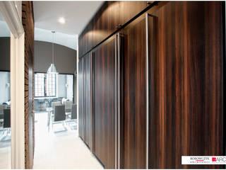 Borowczyk Architekci Industrial corridor, hallway & stairs