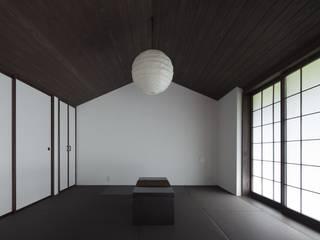 眺望の家: ろく設計室が手掛けた寝室です。