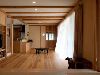 Salas de estilo clásico de 大森建築設計室 Clásico