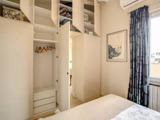ห้องนอน by MOB ARCHITECTS
